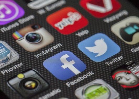 Sosyal medya gönderimleri için WordPress eklentileri